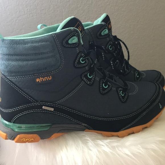 461ce8fd702 AHNU Women's Sugarpine Waterproof Mid Hiking Boots